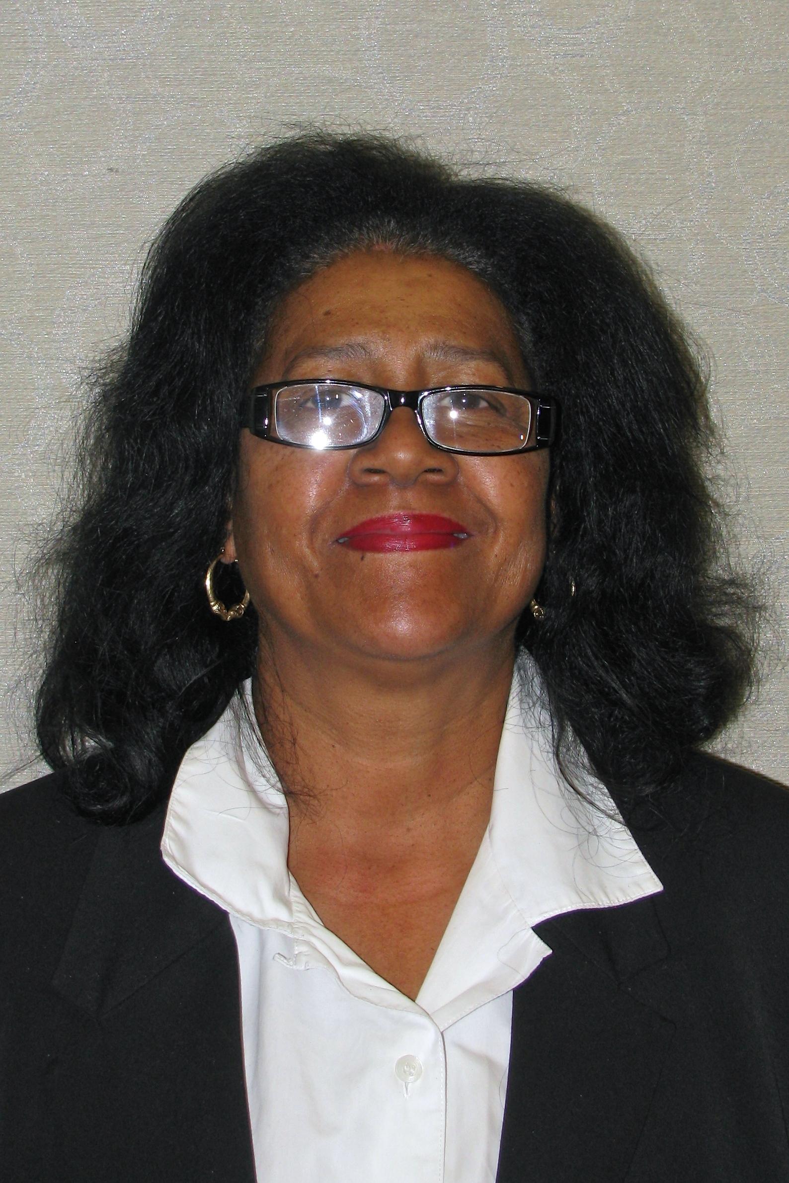 Angela Newsom